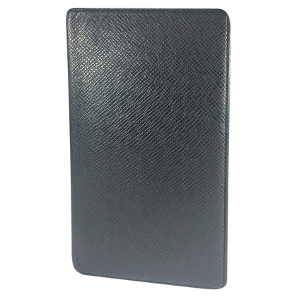 Louis Vuitton Taiga leather credit card holder