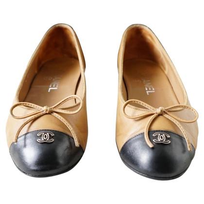 Chanel Ballerinas in black / beige