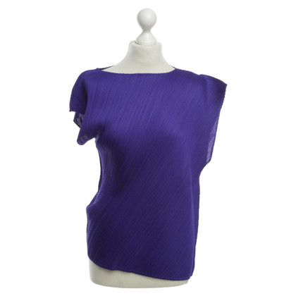 Issey Miyake Pleats please - purple top