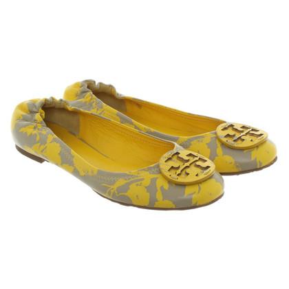 Tory Burch Pompe in giallo / beige