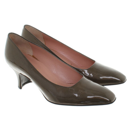 Prada pumps made of lacquered leather