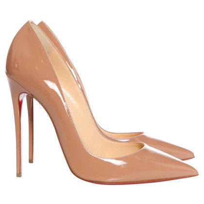 Christian Louboutin Patent Leather pumps in Nude