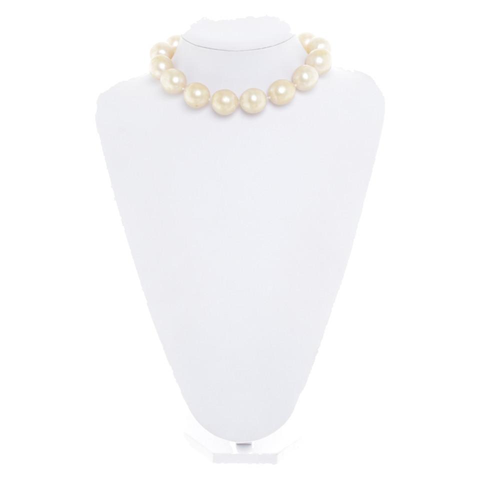 Chanel collier de perles