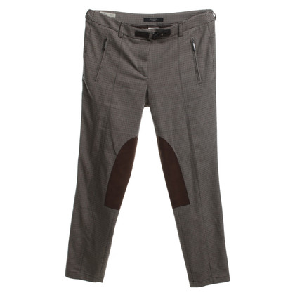Max Mara Pantaloni con modello suggestivo