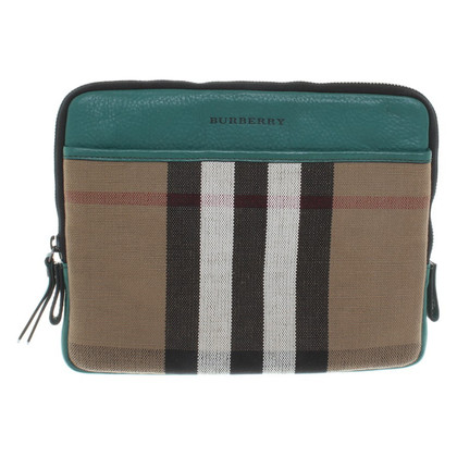 Burberry clutch from Canvas