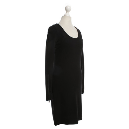 Closed Eenvoudige jurk in zwart
