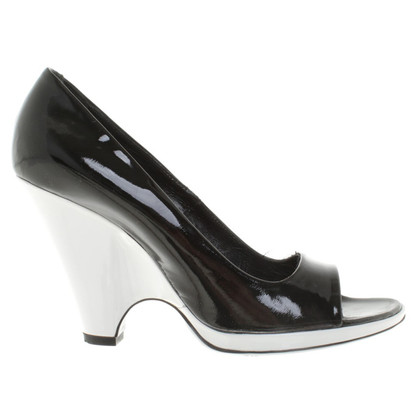 Marc Jacobs Sandals of patent leather