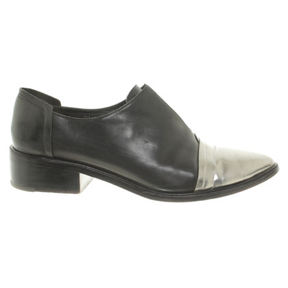 Rachel Zoe Slippers in black