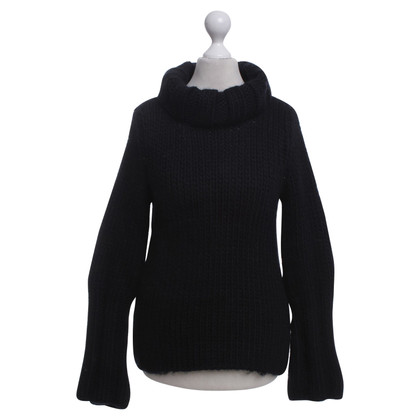 Gucci Knitted sweater in black