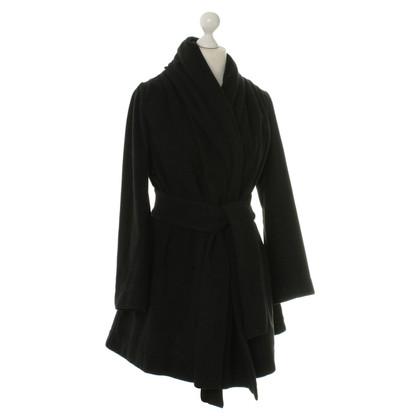 Vivienne Westwood Zwarte jas met Mandarijn kraag