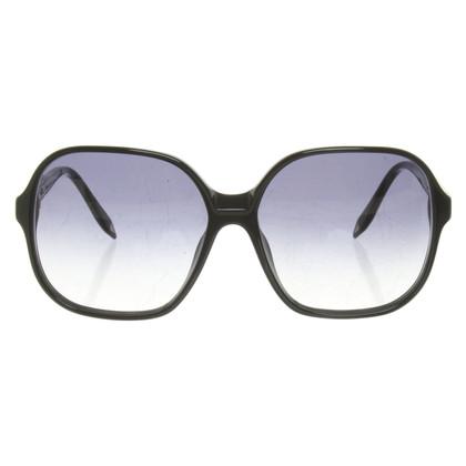 Victoria Beckham Sunglasses in black