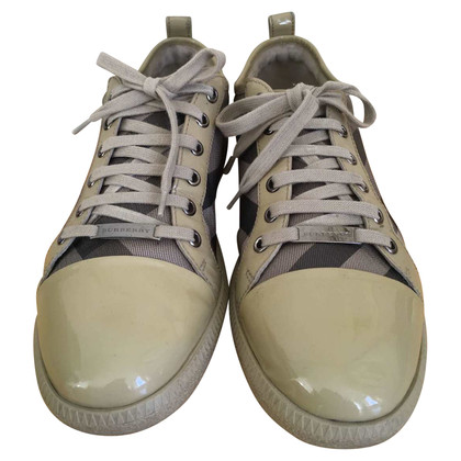 Burberry Sneakers.