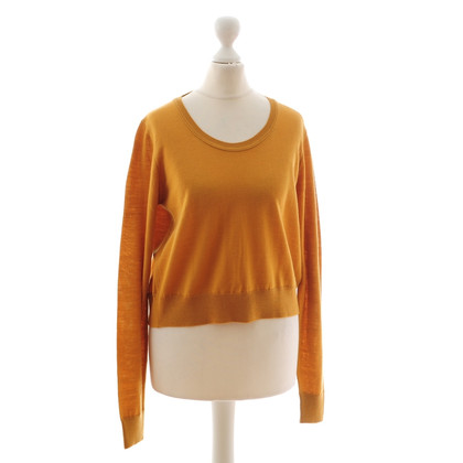 See by Chloé Curryfarbener sweater.