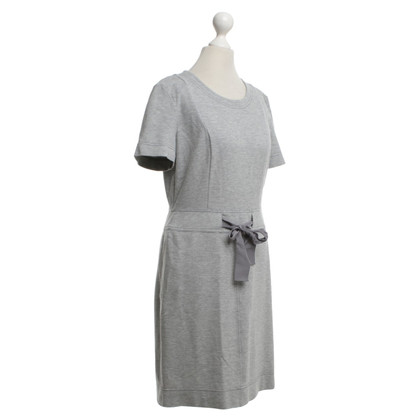 Escada Day Dress in grigio chiaro