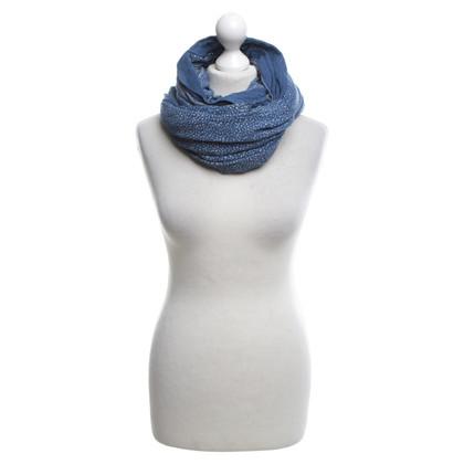 Closed Zijden sjaals