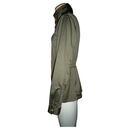 Closed Kurzer Parka