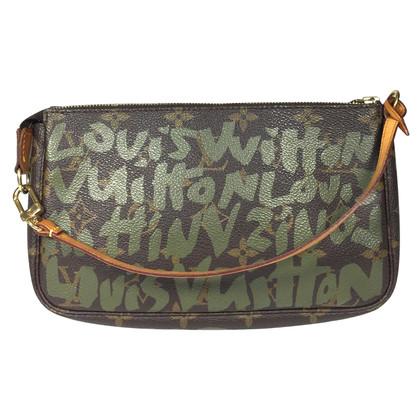 Louis Vuitton Pochette Accessoires Monogram Graffiti