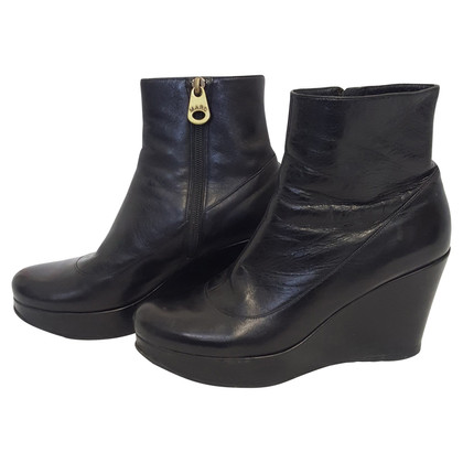 Marc by Marc Jacobs Stiefeletten in Schwarz