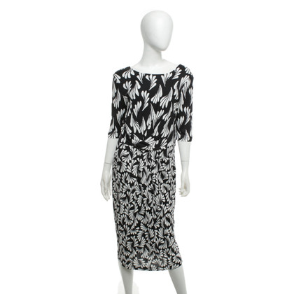 Laurèl Dress in black and white