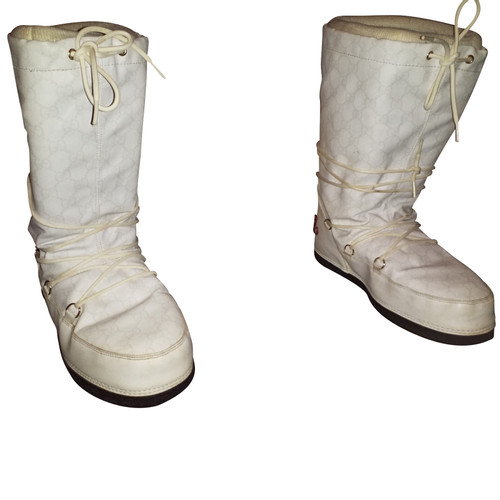 Gucci Boots in White - Second Hand Gucci Boots in White buy used for ... 677916a49037