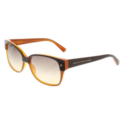 Marc by Marc Jacobs Occhiali da sole in Marrone / Arancio
