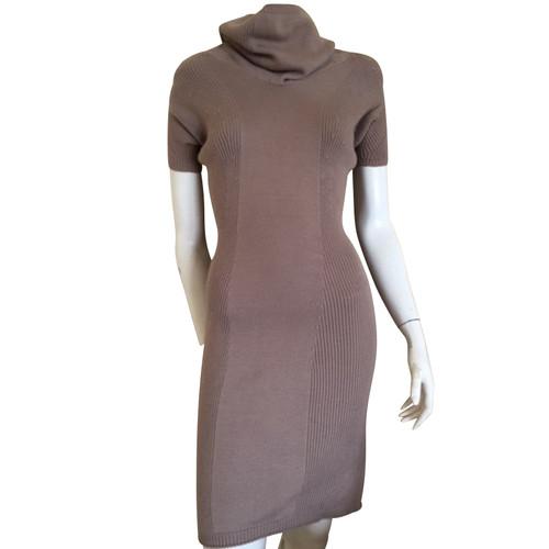 51181335a05651 StefanelGebreide jurk in bruin- Second-handStefanelGebreide jurk in ...