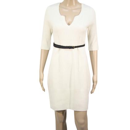 Karen Millen Wollen jurk in crème