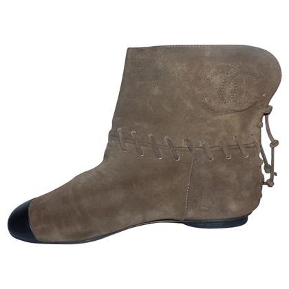 Chanel stivali di camoscio