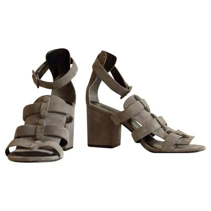 alexander wang sandalen second hand alexander wang sandalen gebraucht kaufen f r 200 00. Black Bedroom Furniture Sets. Home Design Ideas