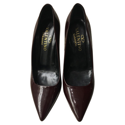 Valentino pumps in brown