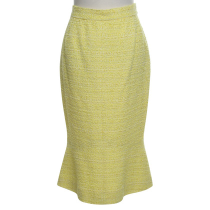 Chanel skirt in yellow