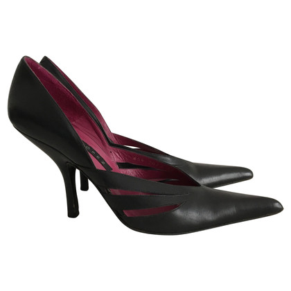 Pura Lopez Leather pumps
