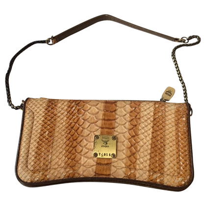 MCM clutch in reptile look