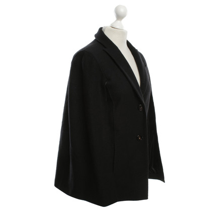 Marc Cain Oversize Cape in black