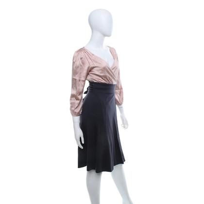 Diane von Furstenberg Wrap dress in dark gray / blush pink