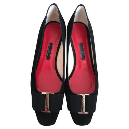 Carolina Herrera Pumps