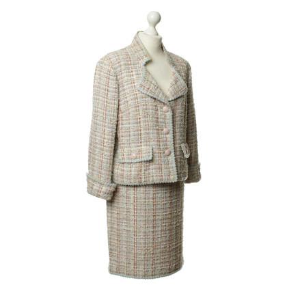 Chanel Kostüm mit Tweed-Struktur