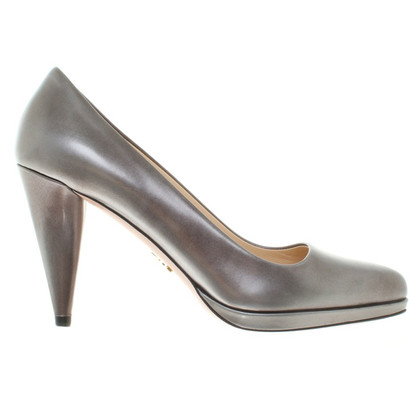 Prada Metallic pumps made of leather