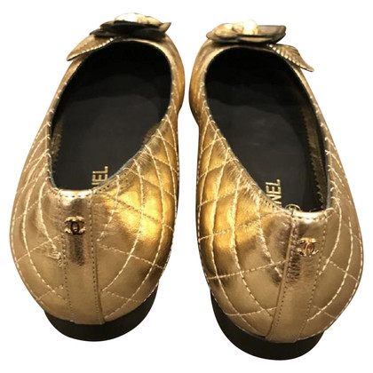 Chanel Gold-colored ballerinas