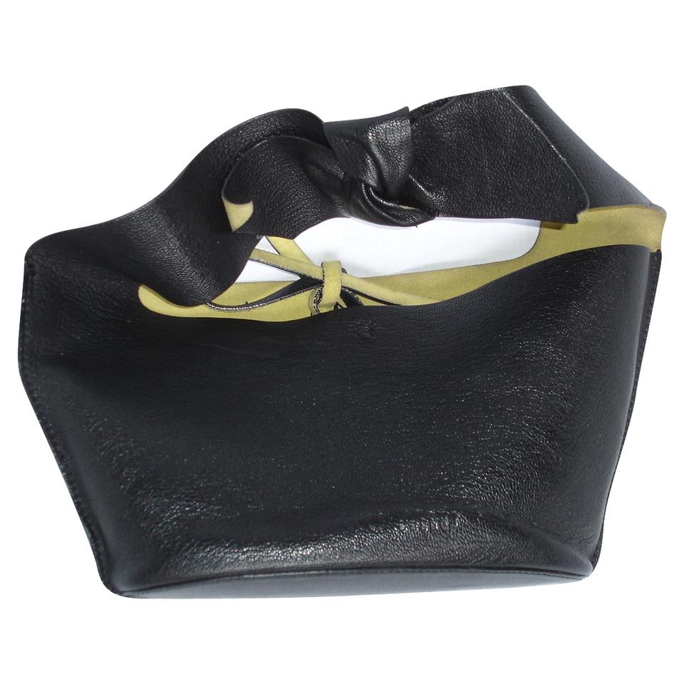 miu miu handtasche second hand miu miu handtasche gebraucht kaufen f r 150 00 2163021. Black Bedroom Furniture Sets. Home Design Ideas