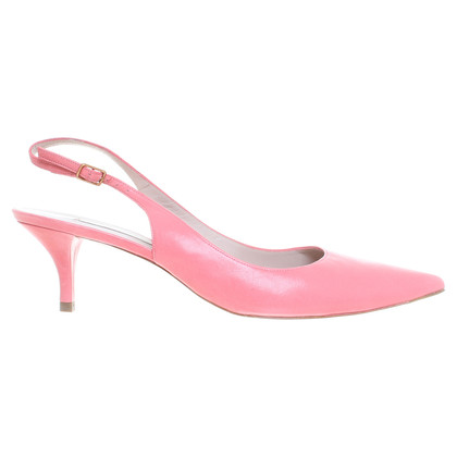 Pura Lopez Salmon Pumps