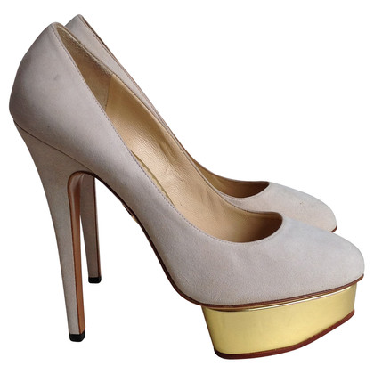 charlotte olympia beige pumps second hand charlotte olympia beige pumps gebraucht kaufen f r. Black Bedroom Furniture Sets. Home Design Ideas