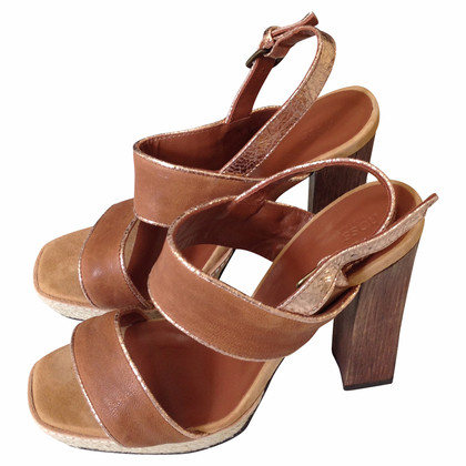 Hoss Intropia sandals with high heel