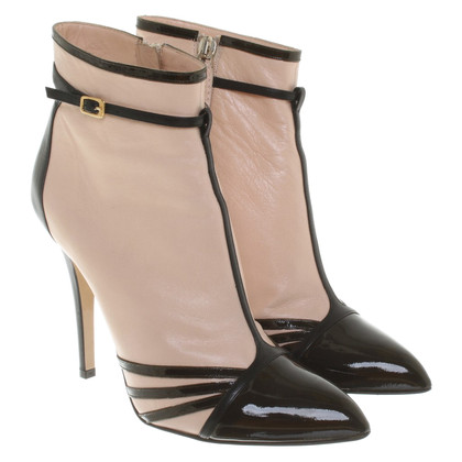 N°21 Ankle boots in nude / black