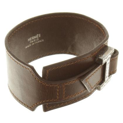 Hermès Leather bracelet in brown