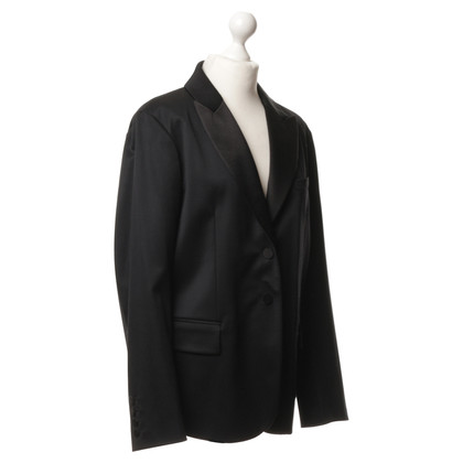 Burberry Oversized Blazer in black