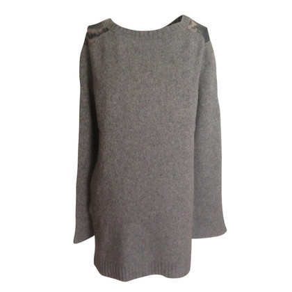 Marc Cain Sweater with silk usage