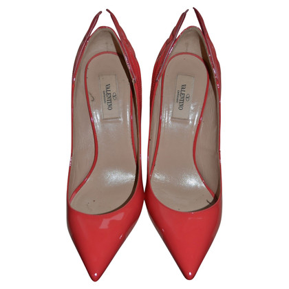 Valentino pumps patent leather