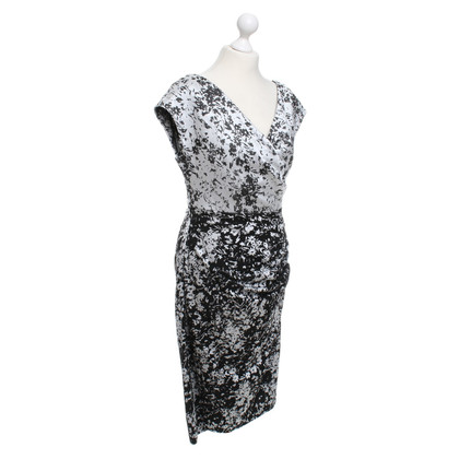 Talbot Runhof Dress with floral pattern in black / white