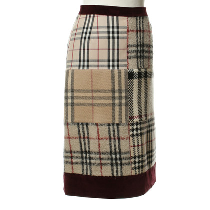 Burberry Patterned skirt beige